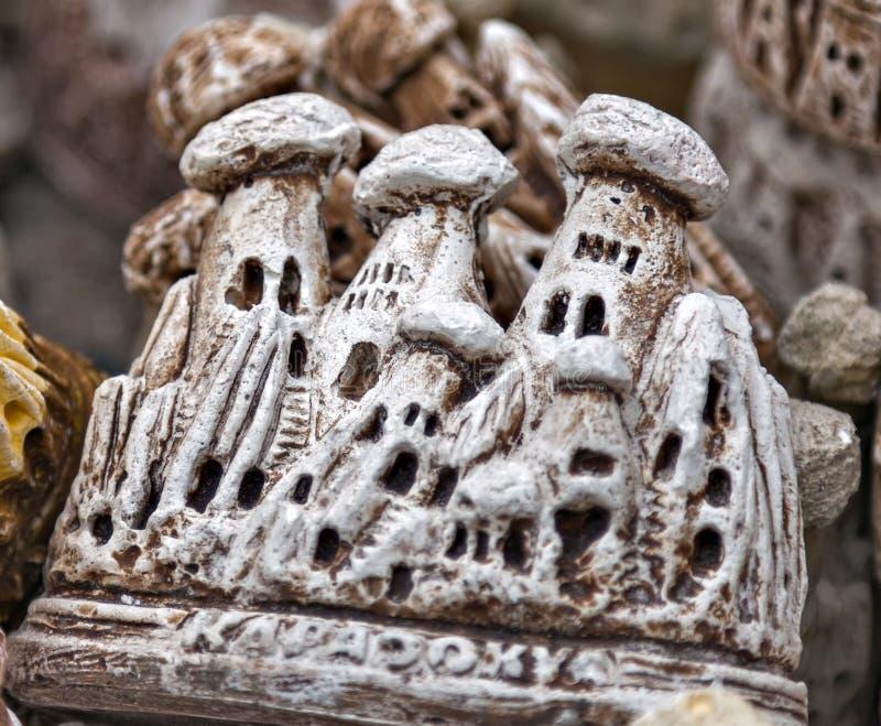 recuerdos de cerámica del cappadocia de la chimenea de hadas imagenes de archivo