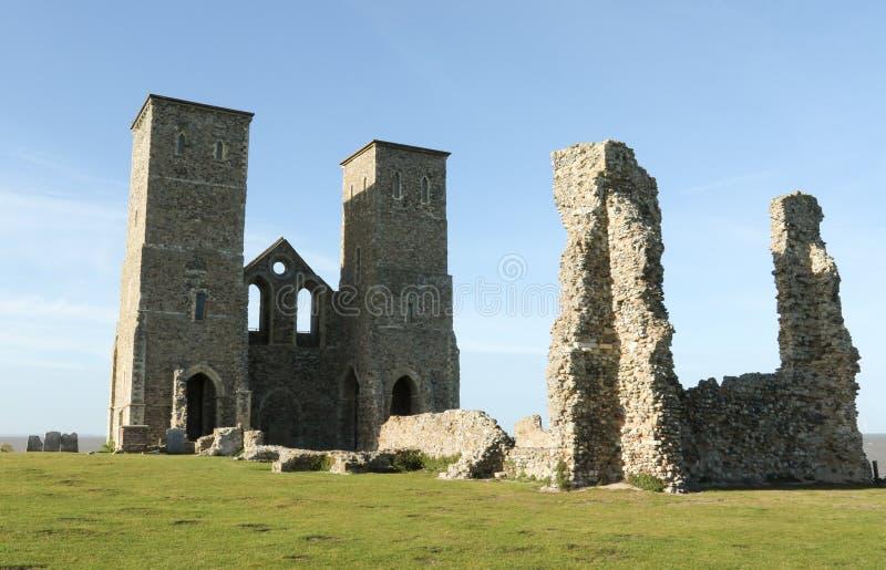 Reculver góruje rzymskiego saxon brzeg fort i resztki 12th wieka kościół zdjęcie royalty free