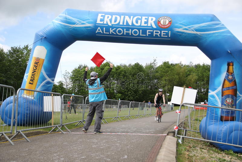 Recyclage de triathlon de sport images libres de droits
