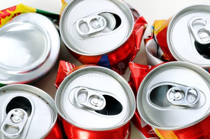Recycleer tin stock foto's