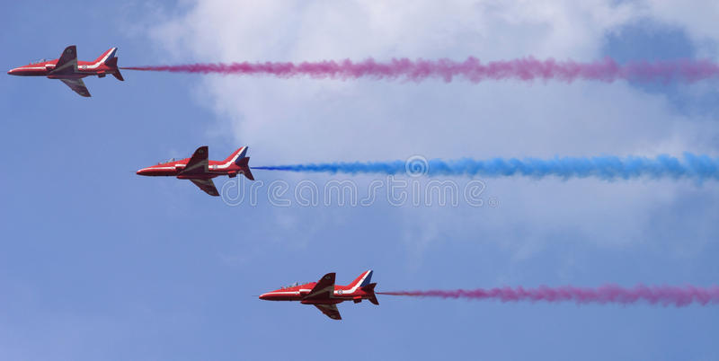 Download The Red Arrows editorial image. Image of formation, arrows - 23025995