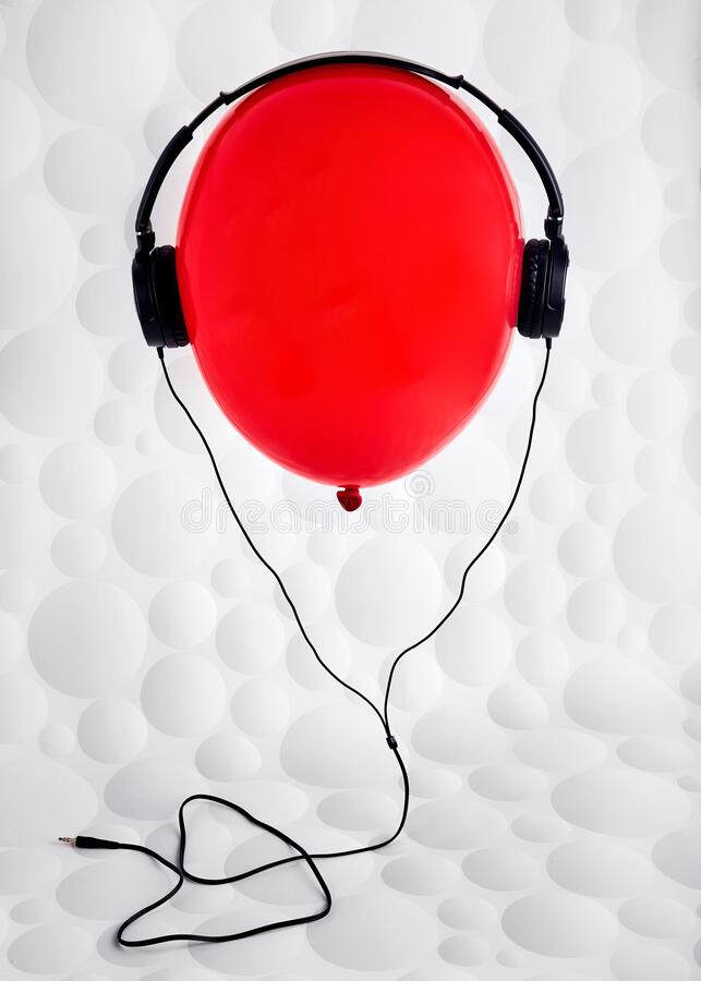 Free Red Balloon With Headphones Flying On The Air Royalty Free Stock Photo - 169180245