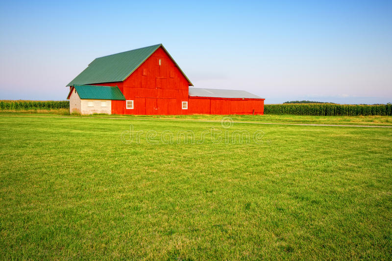 Download Red barn stock image. Image of building, harvest, vibrant - 13919557