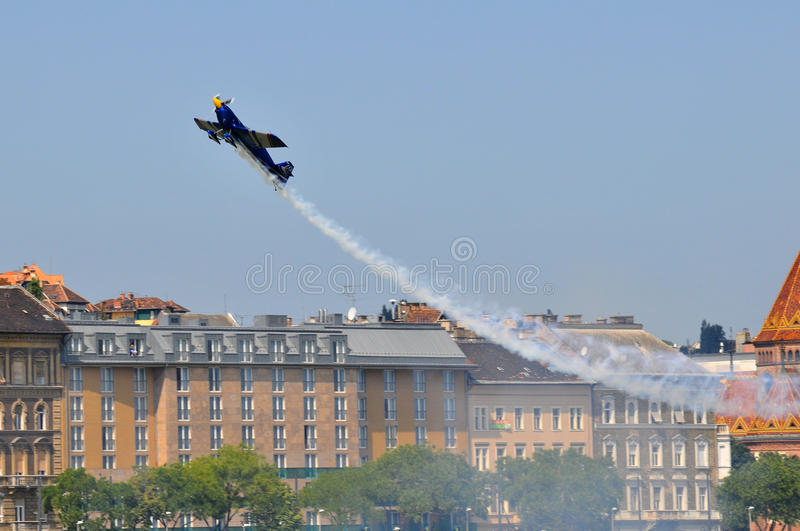 Red Bull Air Race- Qualifying Review Budapest 2009 Editorial Stock Image