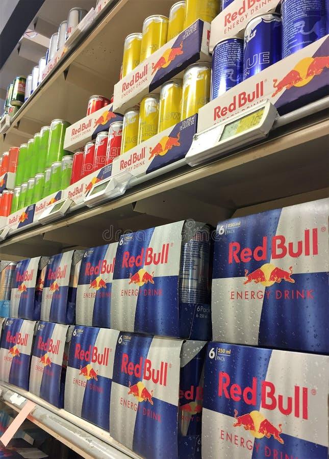 Red Bull energidrink royaltyfria bilder