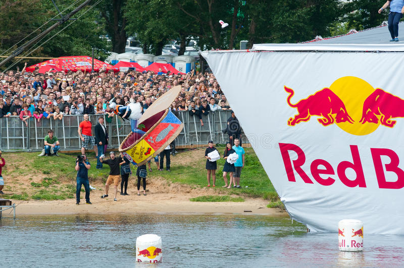 Download Red Bull Flugtag In Moscow 2013 Editorial Image - Image of energy, jump: 32612770