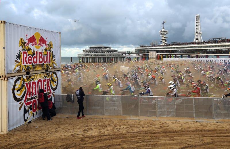 Red Bull-slag uit motocross in Holland stock afbeeldingen