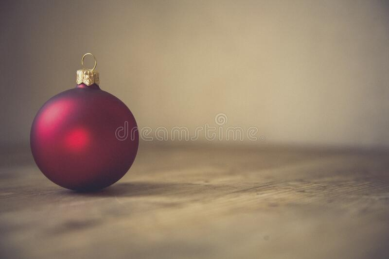 Red Christmas Bauble In Selective Focus Photography Free Public Domain Cc0 Image