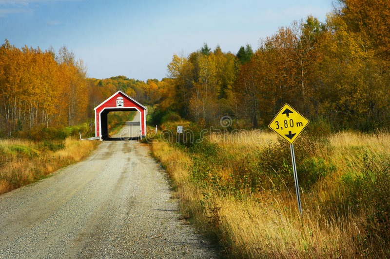 Red covered bridge royalty free stock photos