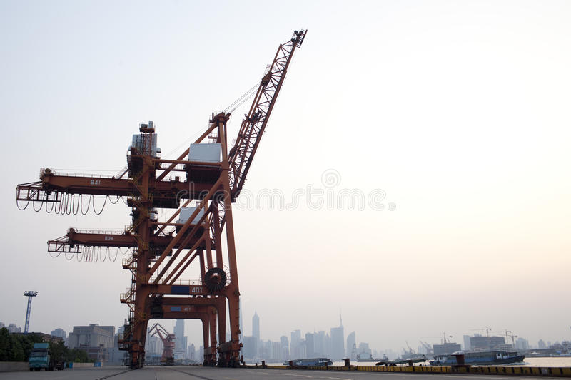Download Red Crane At Shanghai Huangpu River Port Stock Photo - Image: 20998002