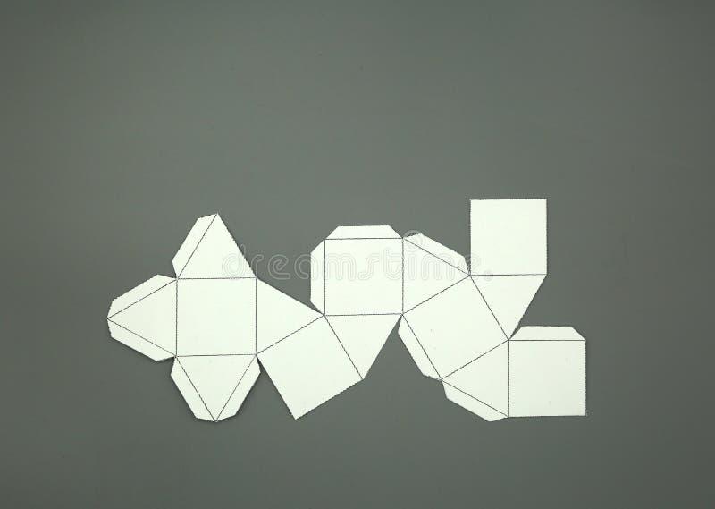 Red de la geometría de Cuboctahedron sólido de Arquímedes forma de 2 dimensiones que se puede doblar para formar una forma de 3 d ilustración del vector