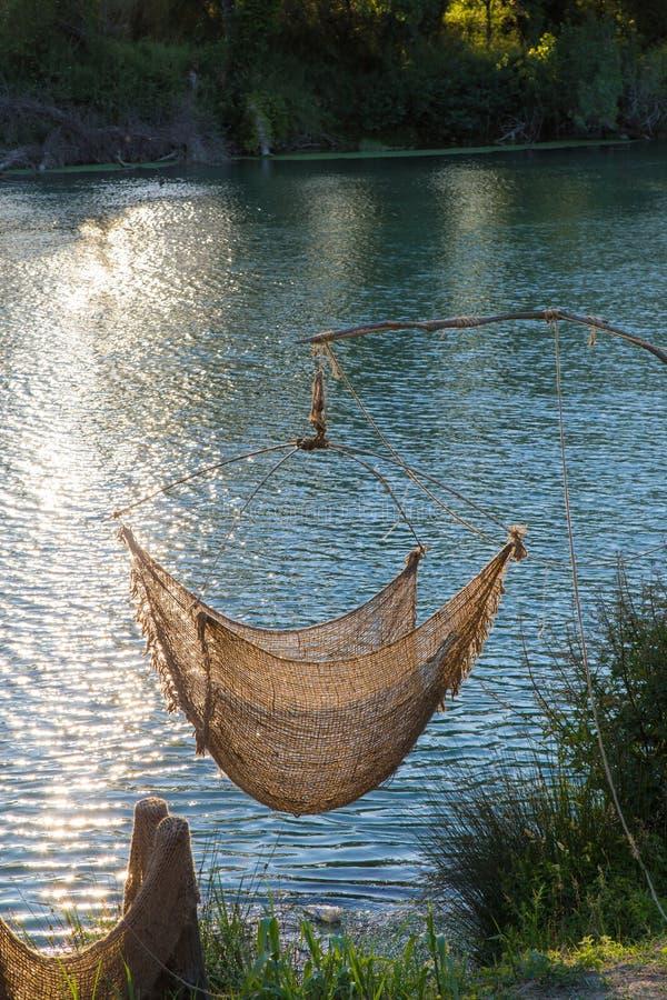 Red de pesca en lona imagenes de archivo