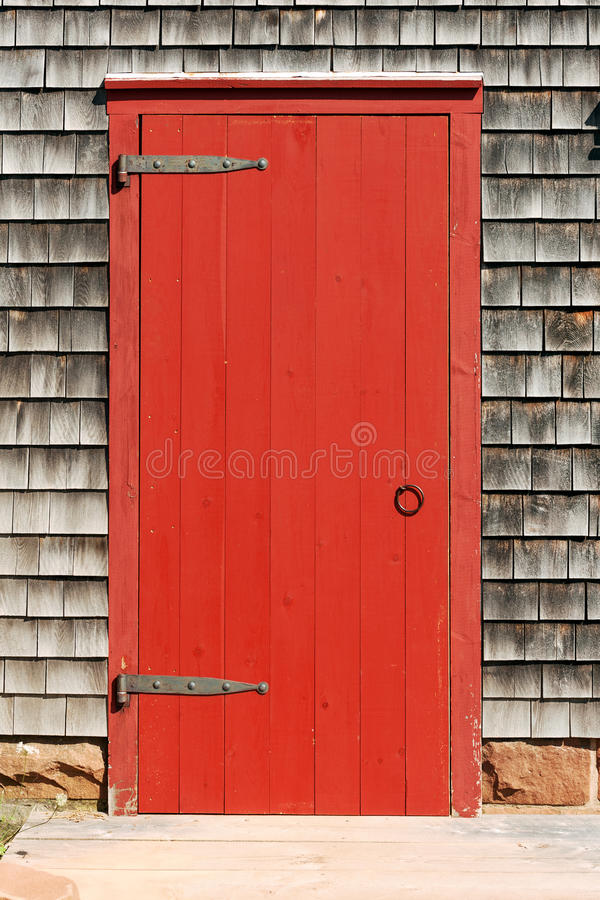 Free Red Door Royalty Free Stock Photography - 34678627