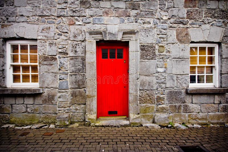 Red Door Stone House Stock Photos Image 32894083