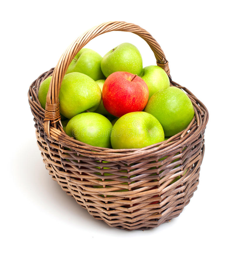 red för äpplekorggreen en royaltyfria bilder