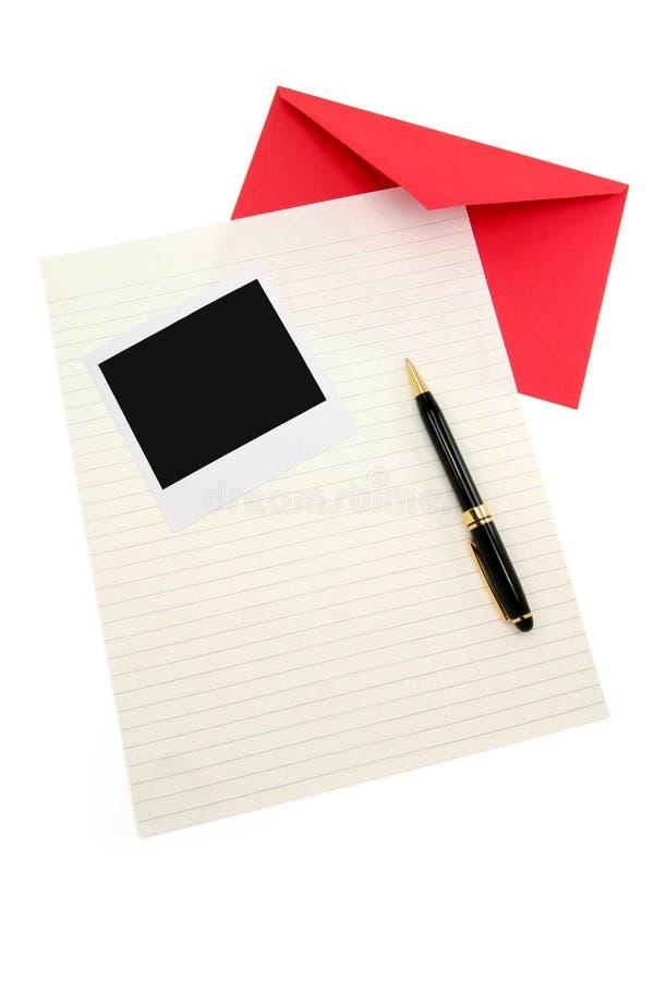 red för kuvertbokstavspapper royaltyfria foton