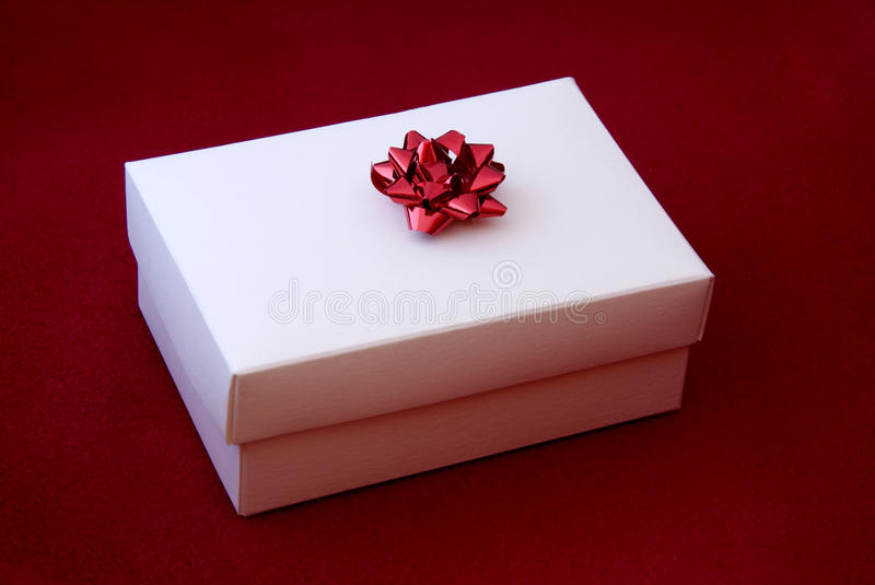 Download Red Gift Box Royalty Free Stock Images - Image: 13451939