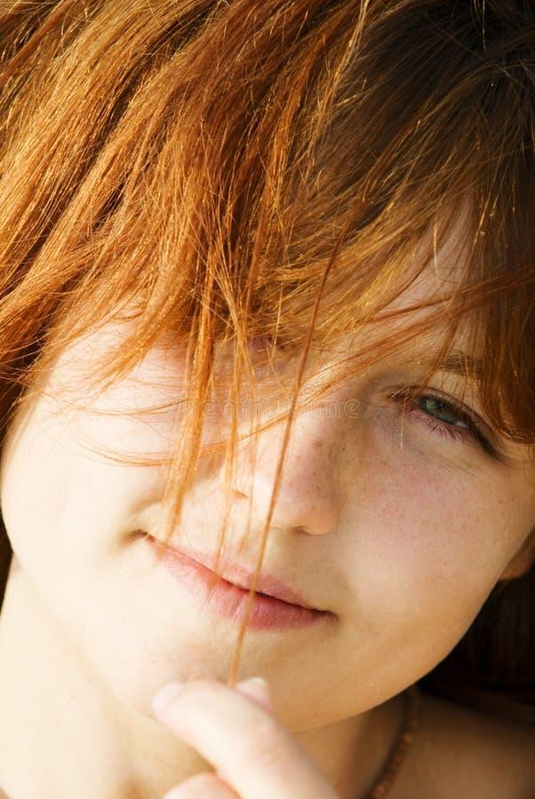 Red-haired stockbilder