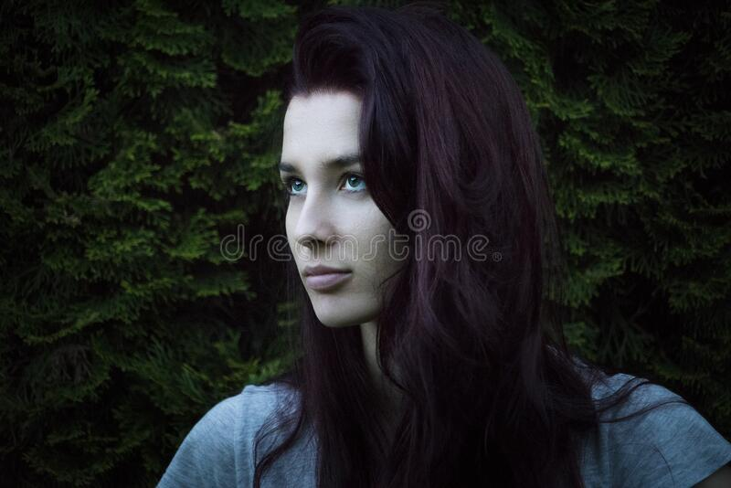 Red Haired Woman Free Public Domain Cc0 Image