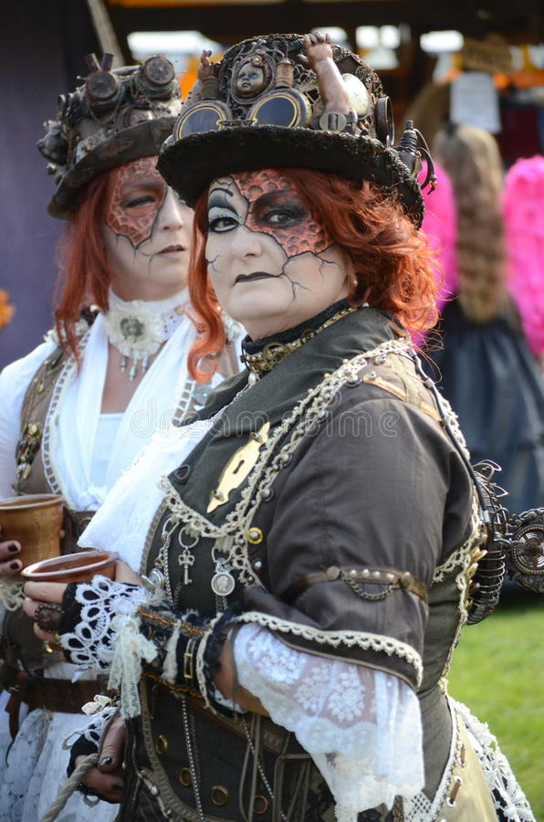 Free Red Head Steam Punk Royalty Free Stock Photos - 26844308