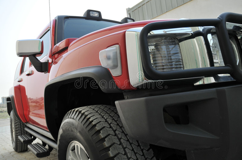 Red Hummer H3 Side Royalty Free Stock Photos