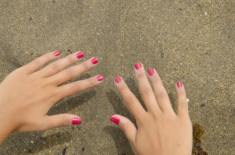 Download Red Nails Hand Royalty Free Stock Images - Image: 26579849