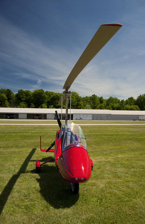 Free Red Open-cockpit Autogyro Stock Image - 46217961