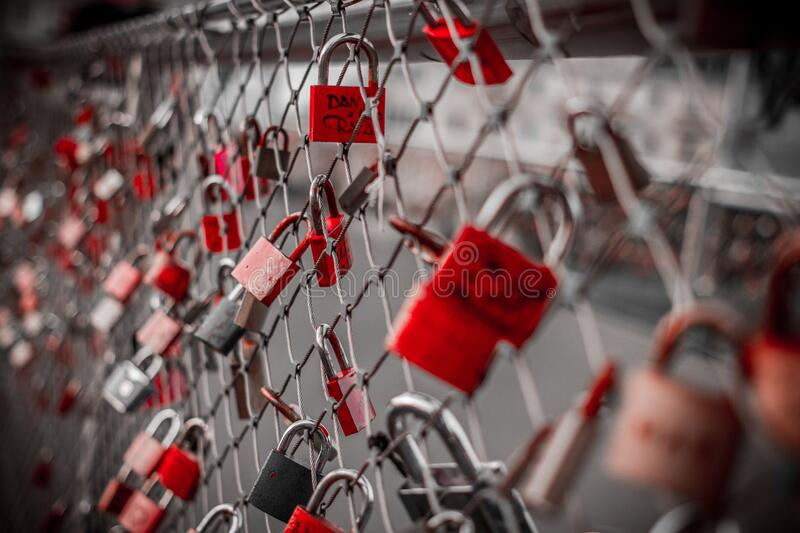 Red Padlock On Cyclone Fence Free Public Domain Cc0 Image