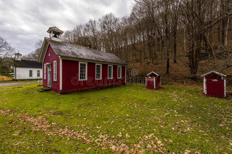 Red Painted Rural Schoolhouse - Fredericktown, Ohio stock photography
