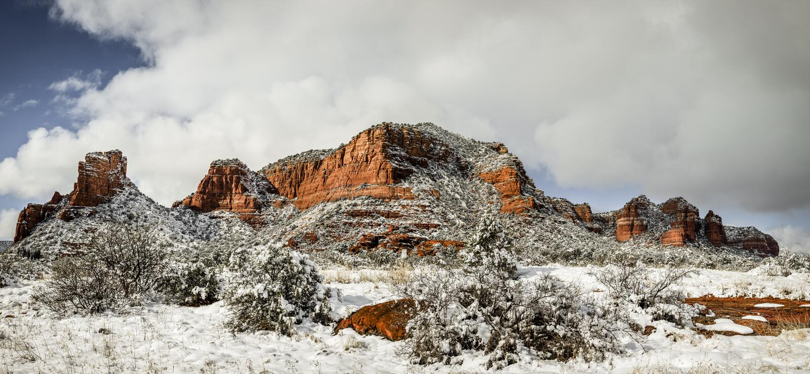 Red Rocks under snow stock images