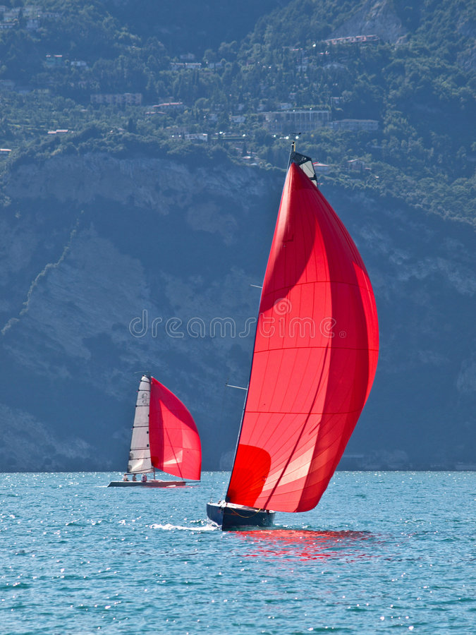 Free Red Sail Royalty Free Stock Photos - 5910348