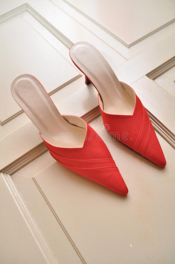 Free Red Shoes Stock Images - 17226004