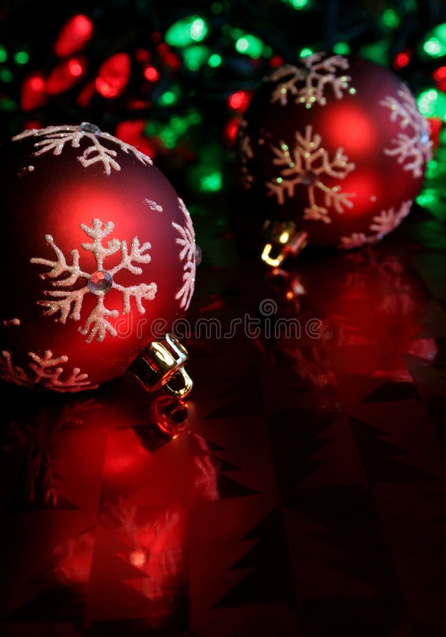 Free Red Snowflake Baubles Stock Photo - 1551330