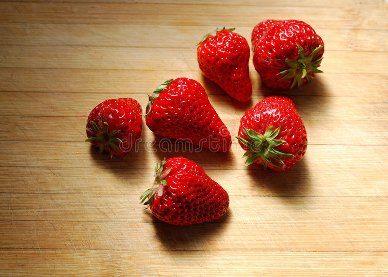 Download Strawberry On A Chopping Board Stock Image - Image: 30195251