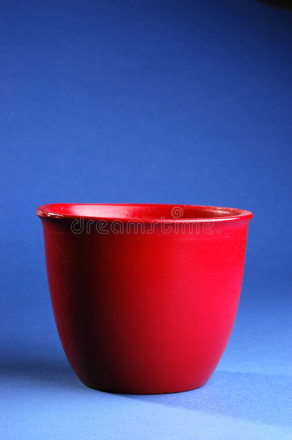 Free Red Vessel Royalty Free Stock Photo - 3196565