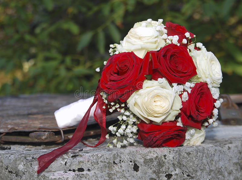 Red And White Roses Wedding Bouquet Stock Image - Image of detail ...