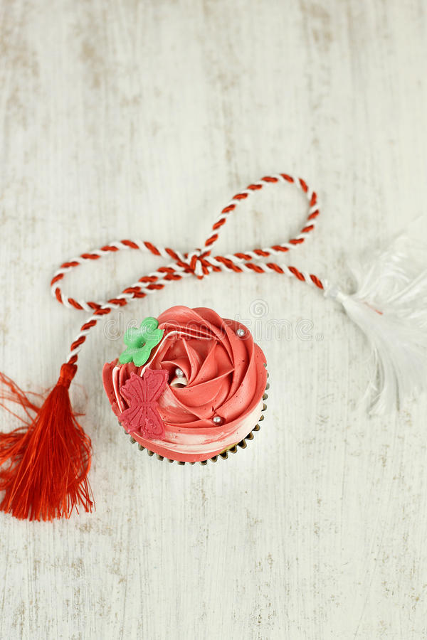 Download Red And White Vanilla Cupcakes Stock Photos - Image: 29812203