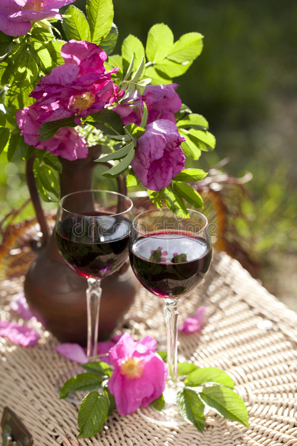 Free Red Wine By The Glass Royalty Free Stock Image - 19892436