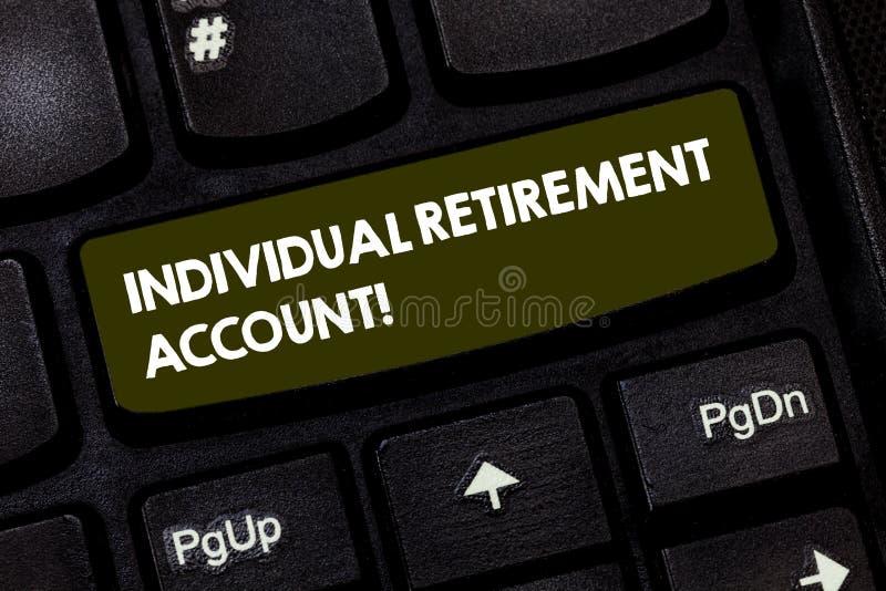 Redazione del fondo pensione individuale di rappresentazione della nota Montrare della foto di affari colloca e stanzia i fondi p immagini stock