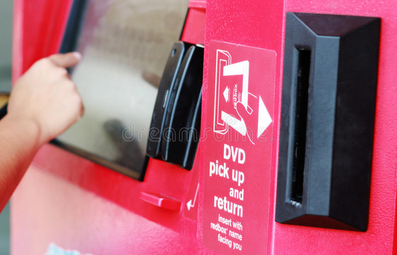 Redbox automatiserde kiosken arkivbilder