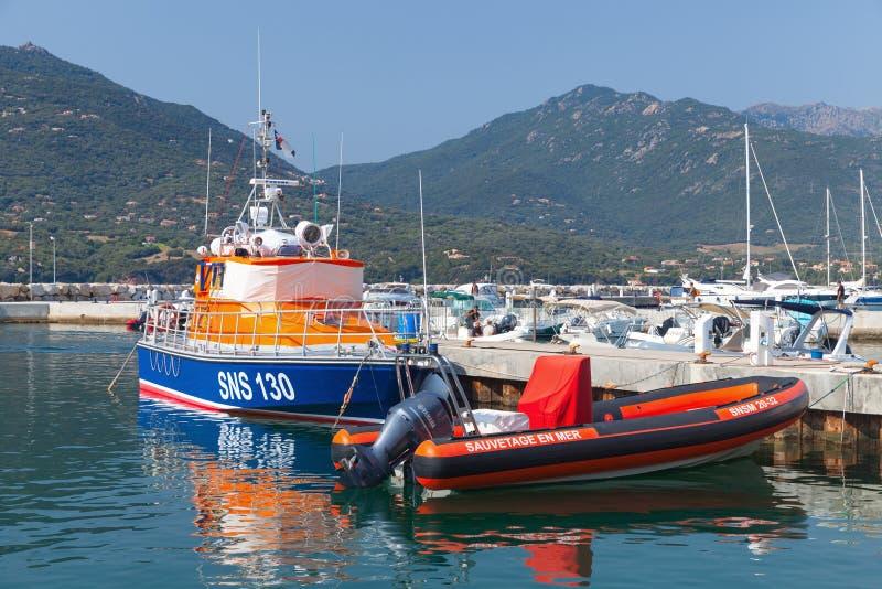 Reddingsboten in Propriano, Corsica worden vastgelegd dat stock foto's