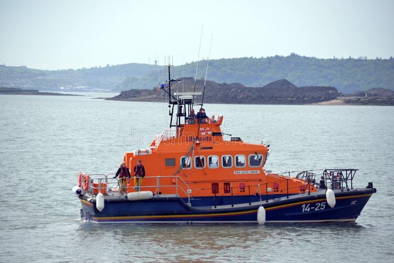 Reddingsreddingsboot in cobhhaven royalty-vrije stock afbeeldingen