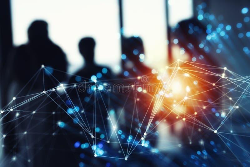 Rede abstrata futurista da conexão a Internet com a silhueta da equipe do negócio ilustração do vetor