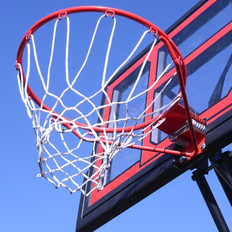 Rede ao ar livre da aro de basquetebol imagens de stock