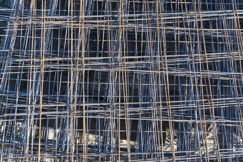Rede da armadura de Rusty Metal para a construção civil imagens de stock royalty free