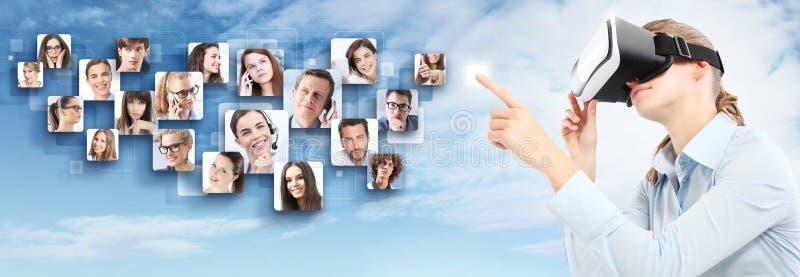 Rede social e conceito global do contato foto de stock royalty free