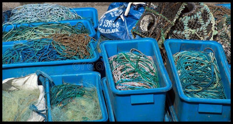 Redes, cuerdas en el puerto de Mevagissey imágenes de archivo libres de regalías
