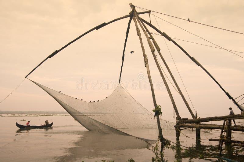 Redes de pesca chinas - Cochin - Kerala - la India foto de archivo libre de regalías