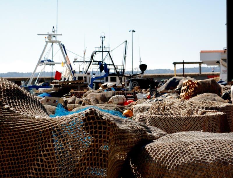 Redes de pesca en el acceso imagen de archivo libre de regalías