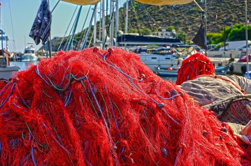 Redes de pesca en el embarcadero fotografía de archivo